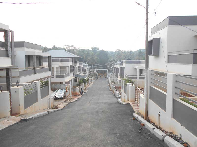 Chothys Builders - Trivandrum